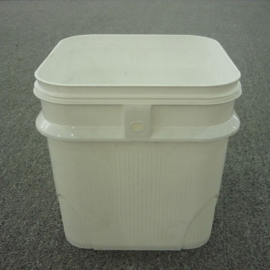 plastic bucket mould 17